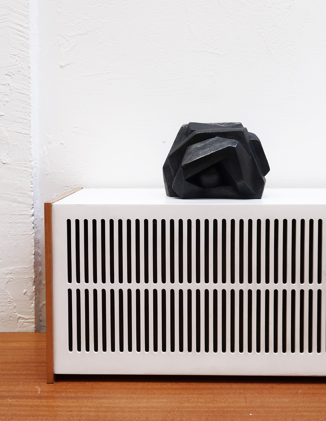 Patricia Zieseniss - Sculpture - Hérisson (noir)