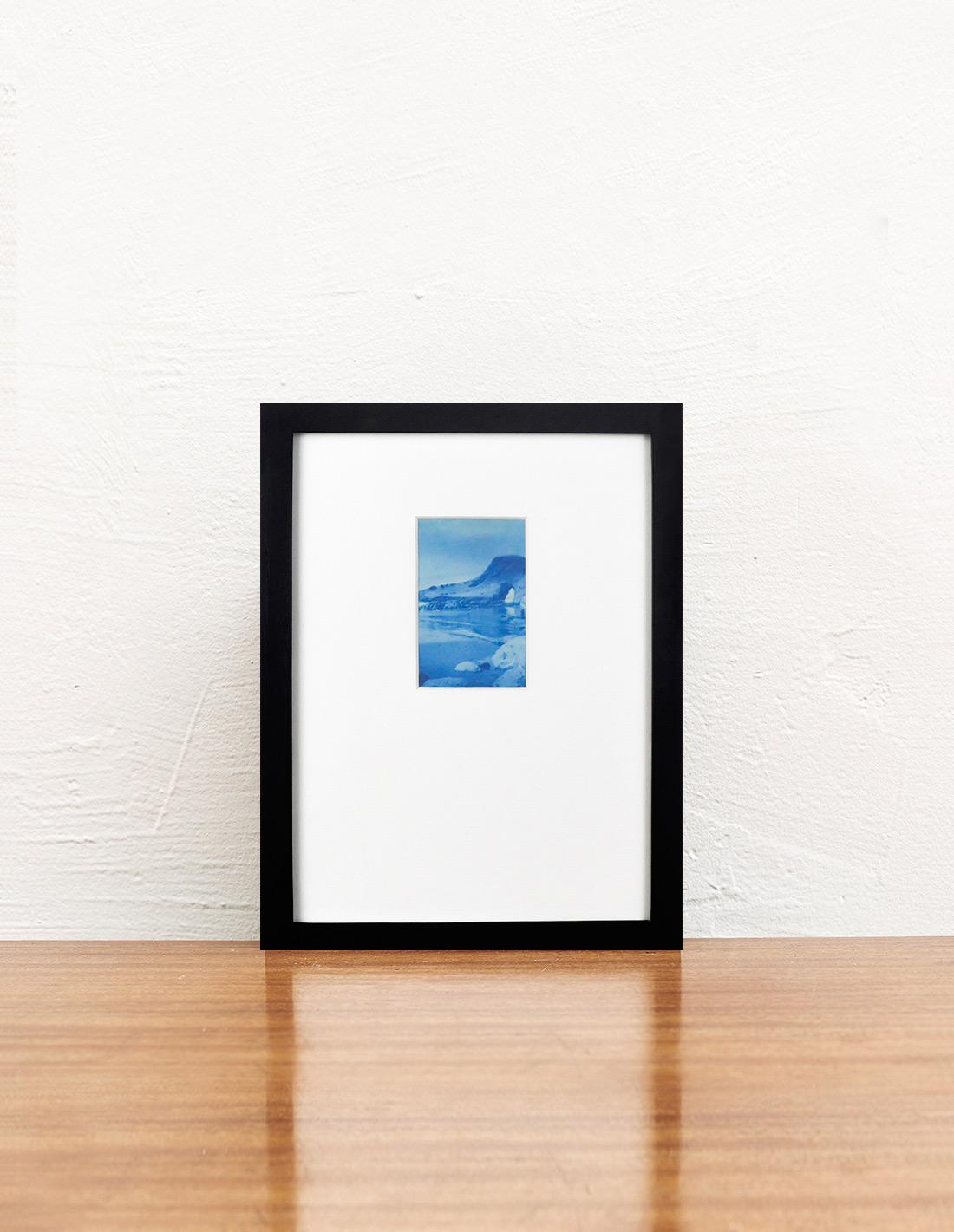 Lumière des roses - Photographie - Falaise bleue