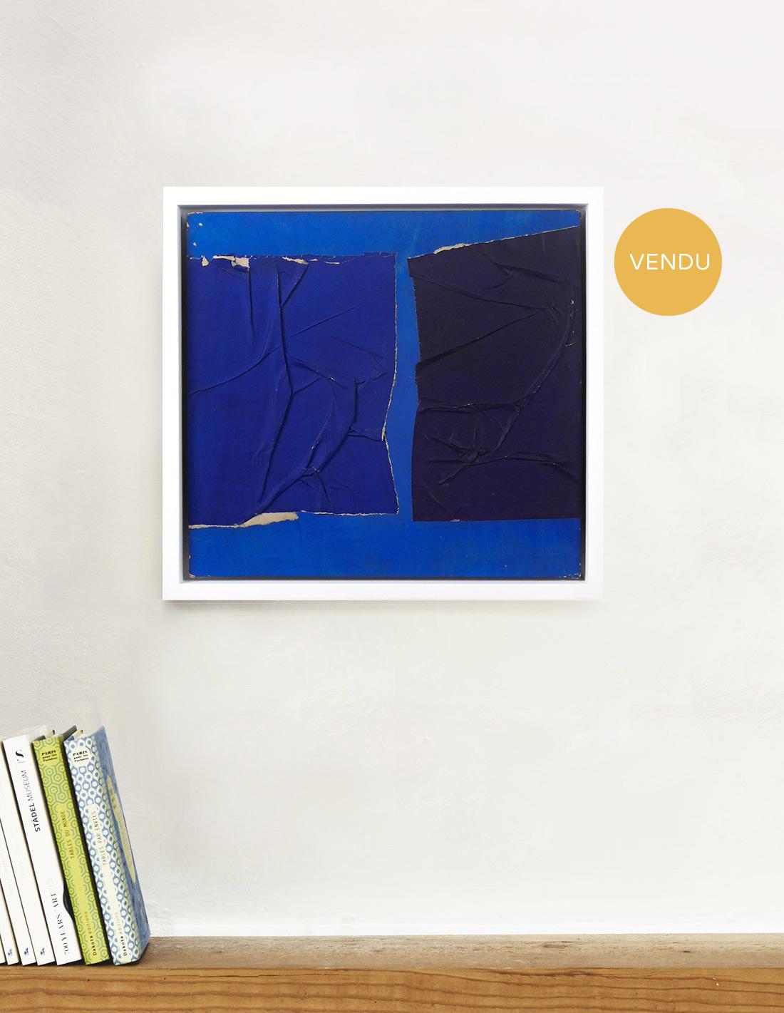 325x305-cm-Papiers-froissés-bleus-vendu