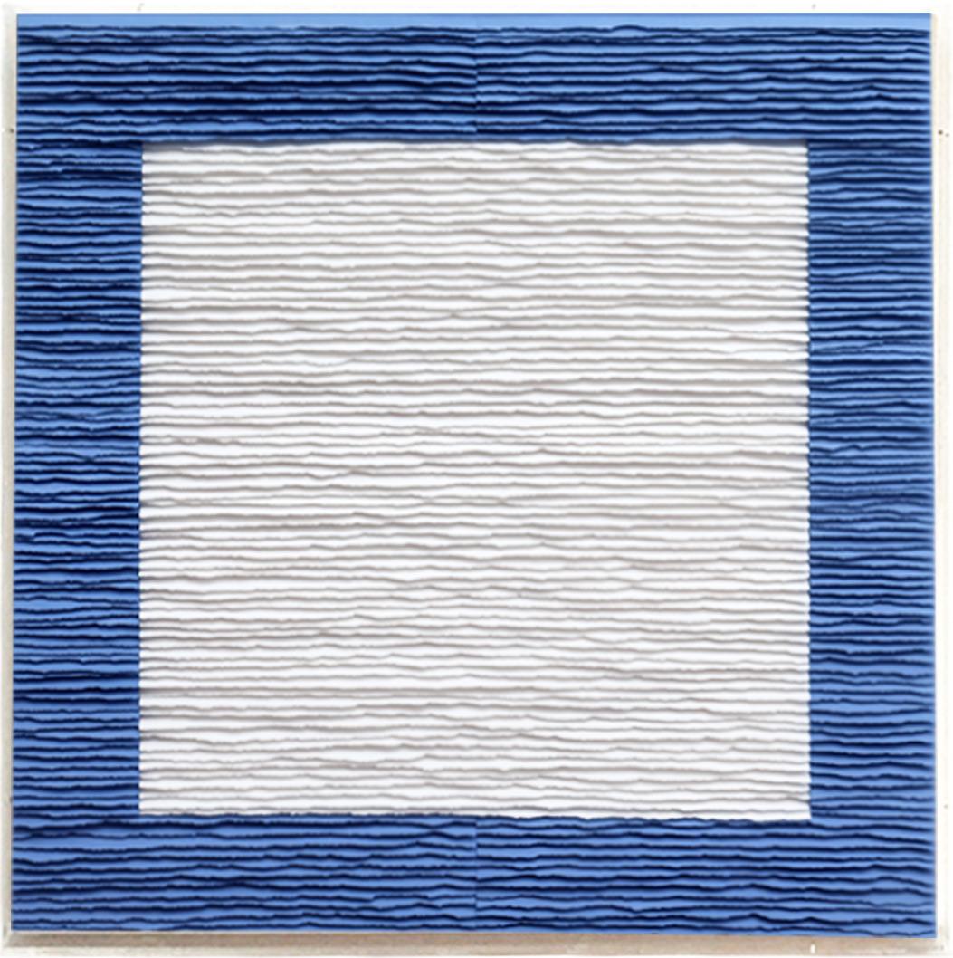 Fernando Daza - Structure carrée noire et blanche sur fond bleu