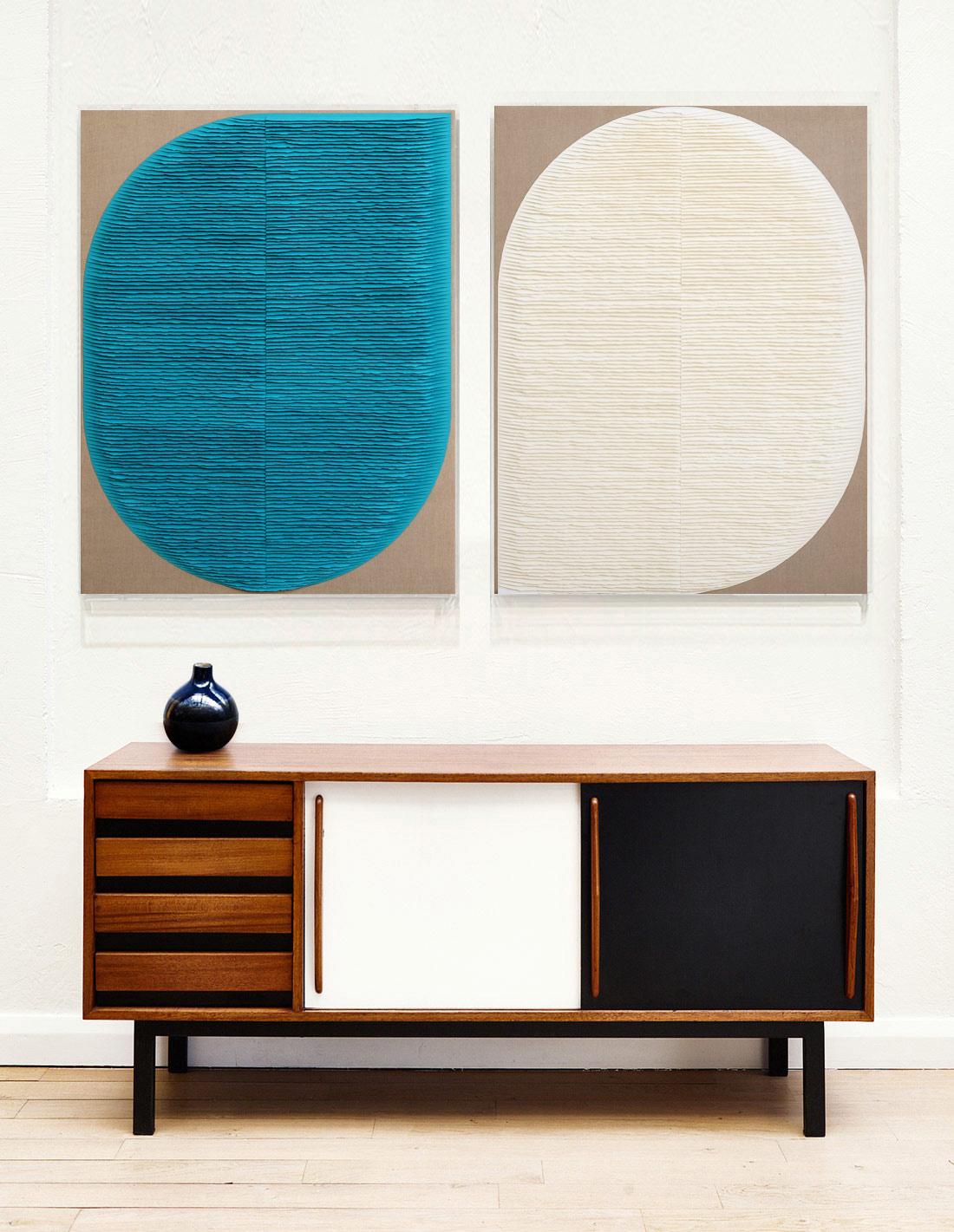 Deux-formes-turquoise-et-blanche-insitu